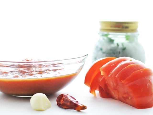 Zuppa piccante al pomodoro