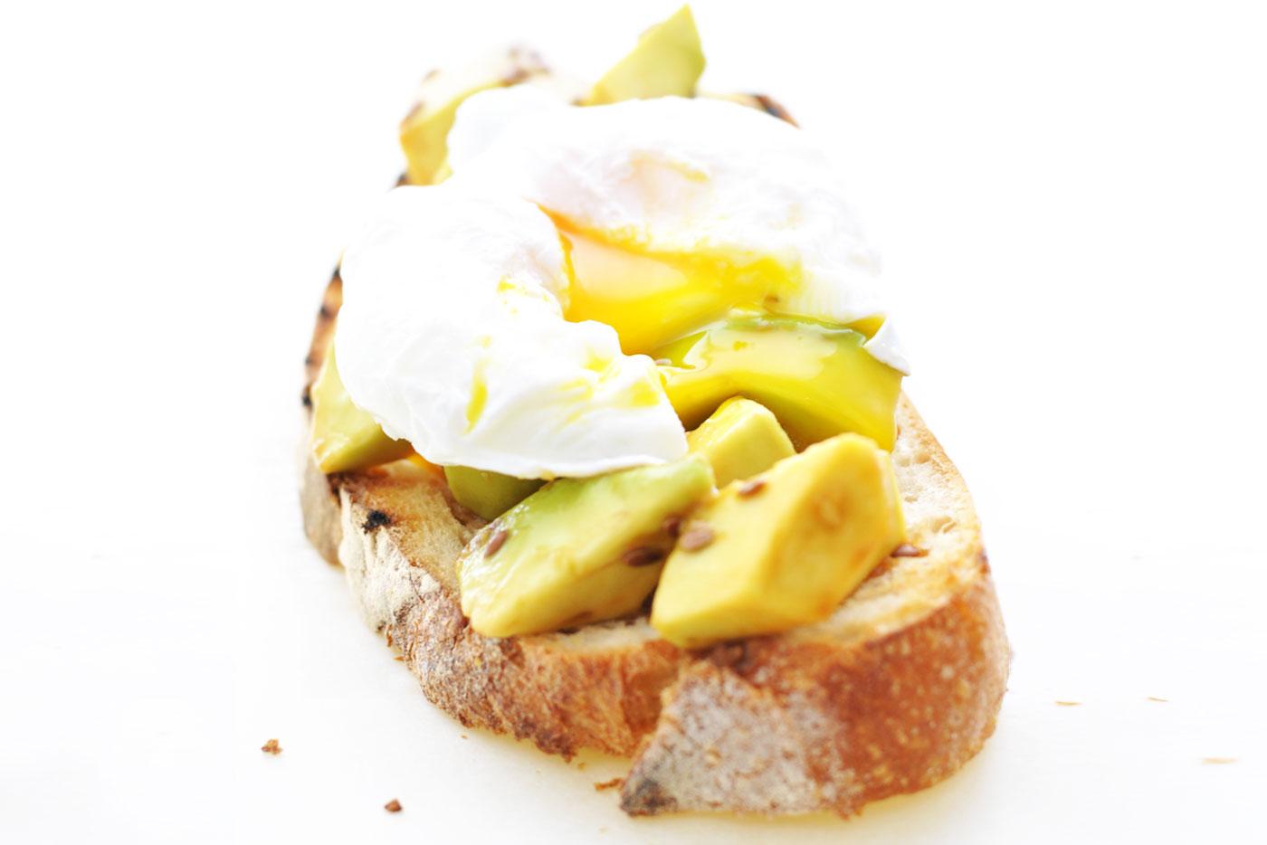 Crostone-avocado-uovo-img-post