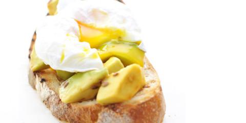 Crostone-avocado-uovo-parallax
