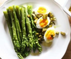 Uova-asparagi-parallax