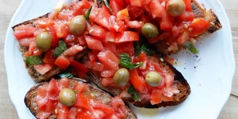 Bruschetta-al-pomodoro-parallax