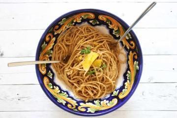 Spaghetti-acciughe-limone-parallax